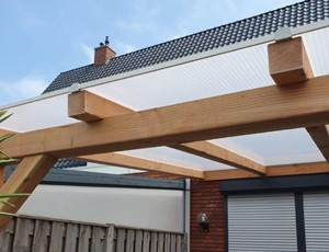 houten-veranda-met-lessenaarsdak-nieuwveen afbeelding