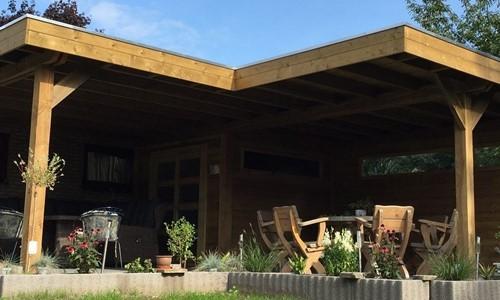 tuinhuis-platdak---zij--voor--overkapping-gorredijk afbeelding