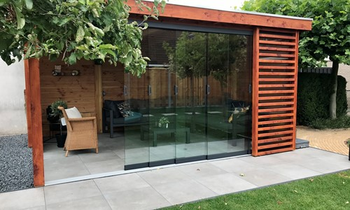 veranda-platdak---glaspanelen-elburg afbeelding