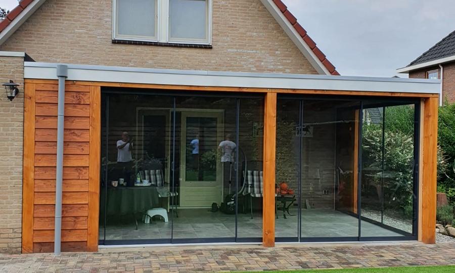 veranda-platdak---glazen-schuifpanelen-loenen afbeelding