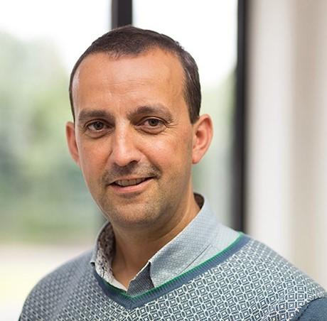 Prof. dr. J. Dewulf, DVM, PhD