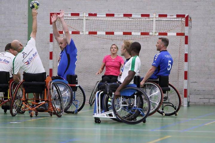 Handbal voor mensen met lichamelijke beperking