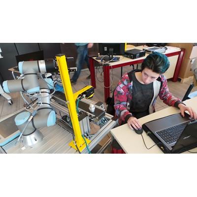 Afbeelding 1 - Opleidingsinstituut ROC A12 doceert met Cognex visioncamera's. LEREN DOOR DOEN!
